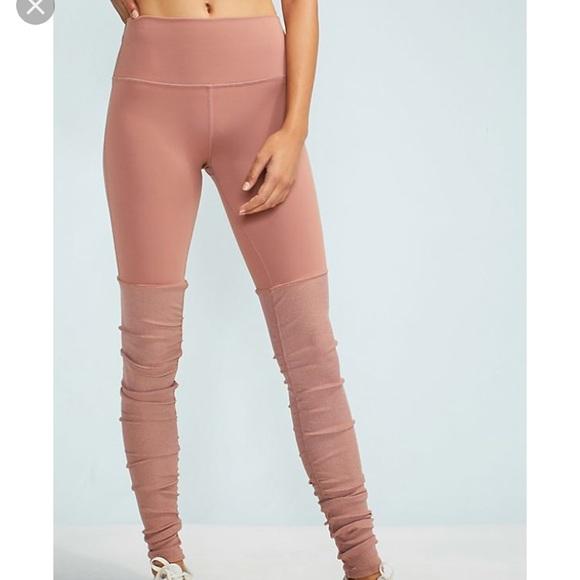 683f7431ae ALO Yoga Pants | Goddess Leggings Rosewater Heather S Nwt | Poshmark